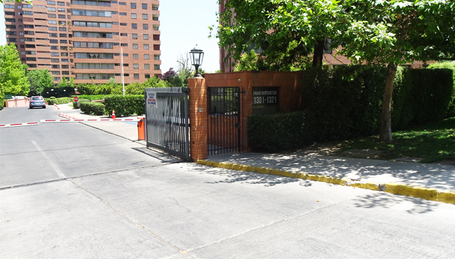 Av Padre Hurtado Sur / Av Cristóbal Colon
